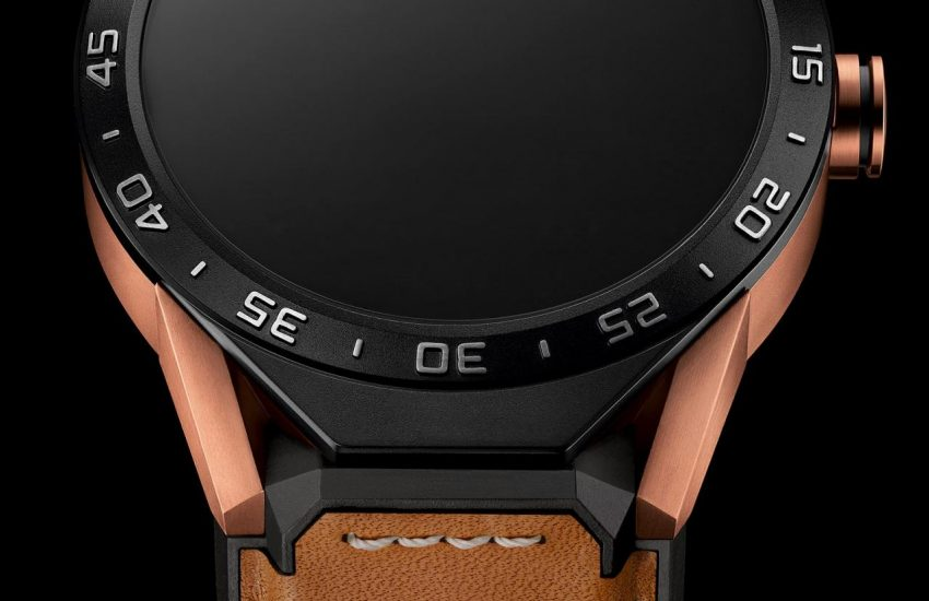 821e456a08c Legality Of Buying TAG Heuer Introduces Connected Smartwatch in 18k ...