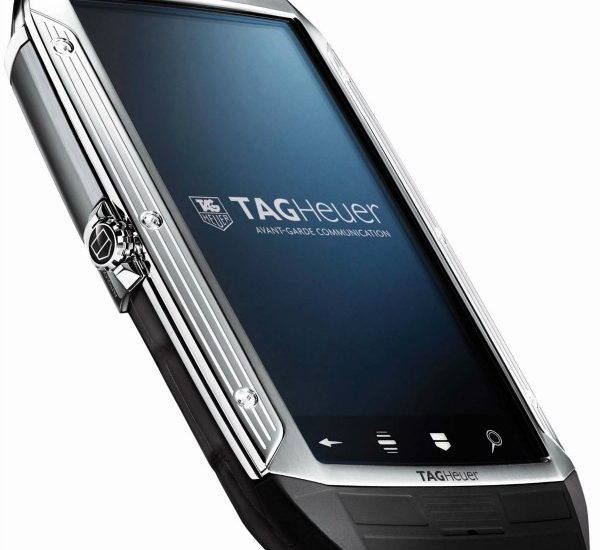 Tag Heuer Link Smart Phone - Exclusive Debut Luxury Items